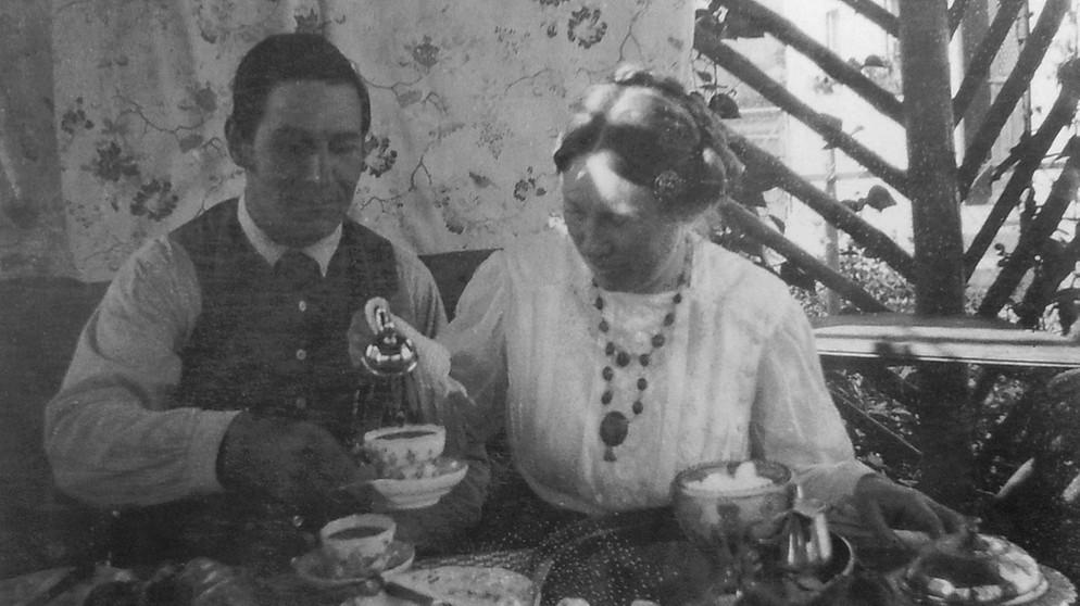 Foto_Wassily_Kandinskys_von_Franz_und_Maria_Marc_(1911)